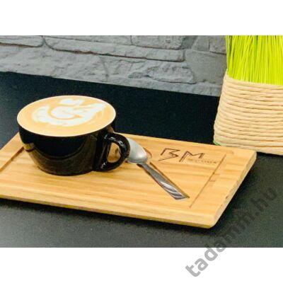 Kávés tálca választható fából, presszó és cappucino pohár valamint kiskanálnak kialakított tartóval